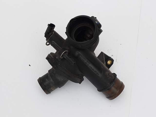 Термостат двигателя Мерседес ом651 А 651 200 06 05