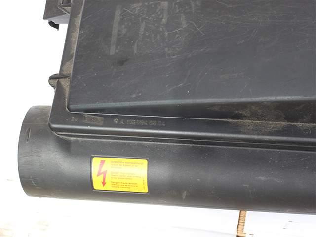 Корпус воздушного фильтра двигателя Мерседес м113 А 112 094 00 04 третье изображение