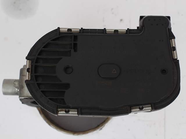Дроссельная заслонка двигателя Мерседес m113k А 113 141 01 25 второе изображение
