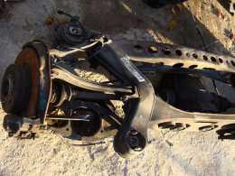Задняя балка с кулаками в сборе для Мерседес W210