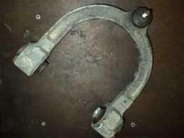 Рычаг передний верхний для автомобиля Мерседес Е W211